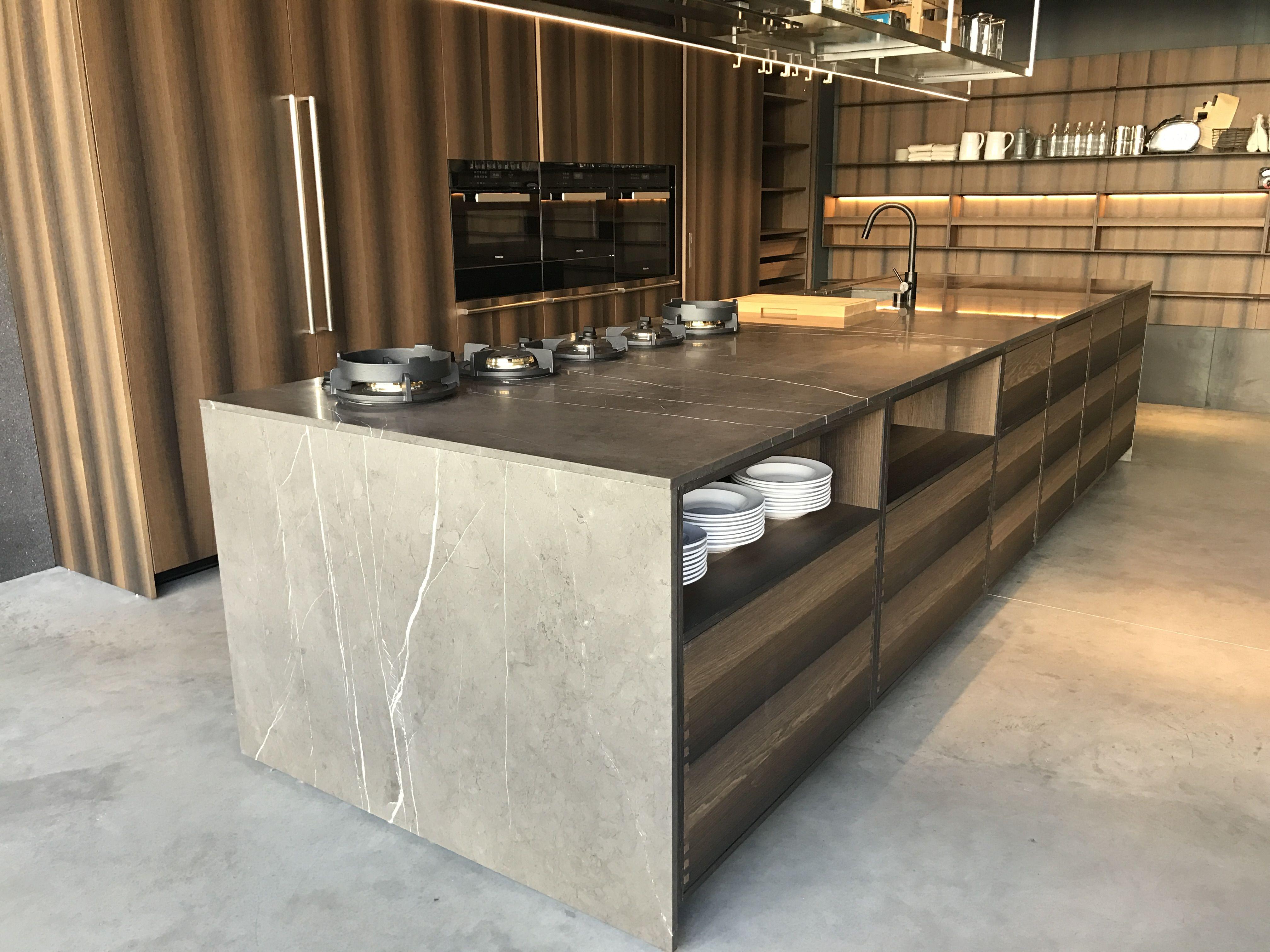 Vistoso Muebles De Cocina Negros Con Encimeras De Granito Negro ...