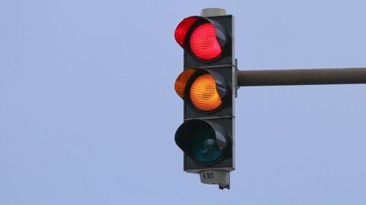 The Proposed Virtual Traffic Lights System Would Allow Traffic Flow To Determine Traffic Signals Which Would Be Displayed Traffic Light Traffic Traffic Signal