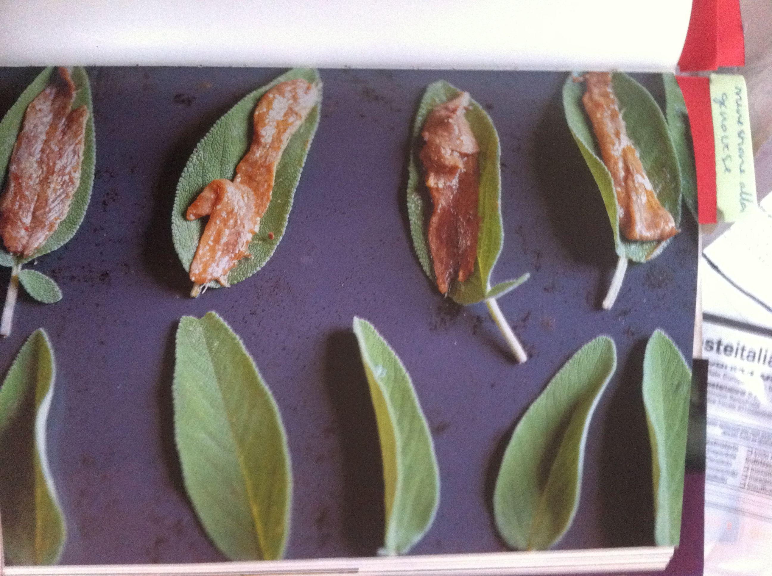 uit Italie thuis, mooie presentatie gefrituurde slaieblaadjes