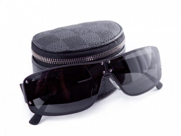 edb78cfceac7 Most Expensive Sunglasses in the World- Louis Vuitton Evasion –  1200     This is an omnipresent pair that pops up its fashionable head once more.