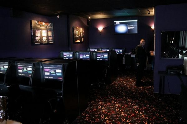 Interior Design Internet Cyber Cafe
