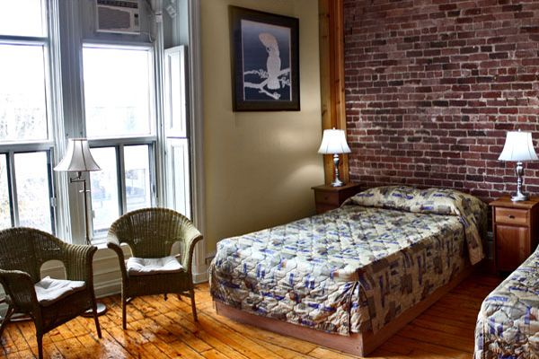 Cheap Places to Stay in Downtown Montreal