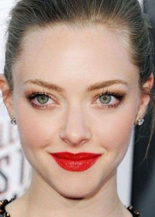 Best Celebrity Makeup Looks For Green Eyes 06 Jpg 498 700 Natural Glam Makeup Glam Makeup Look Makeup Looks For Green Eyes