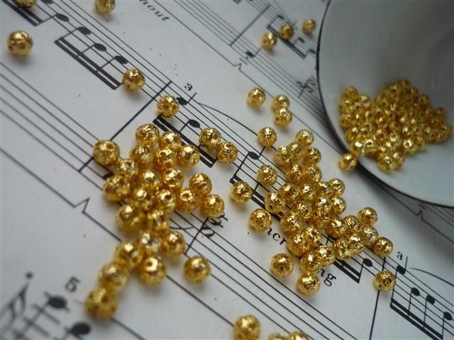 200 pcs Ornate Filigree Gold  Beads 4mm GB412 by montagesupply, $2.49