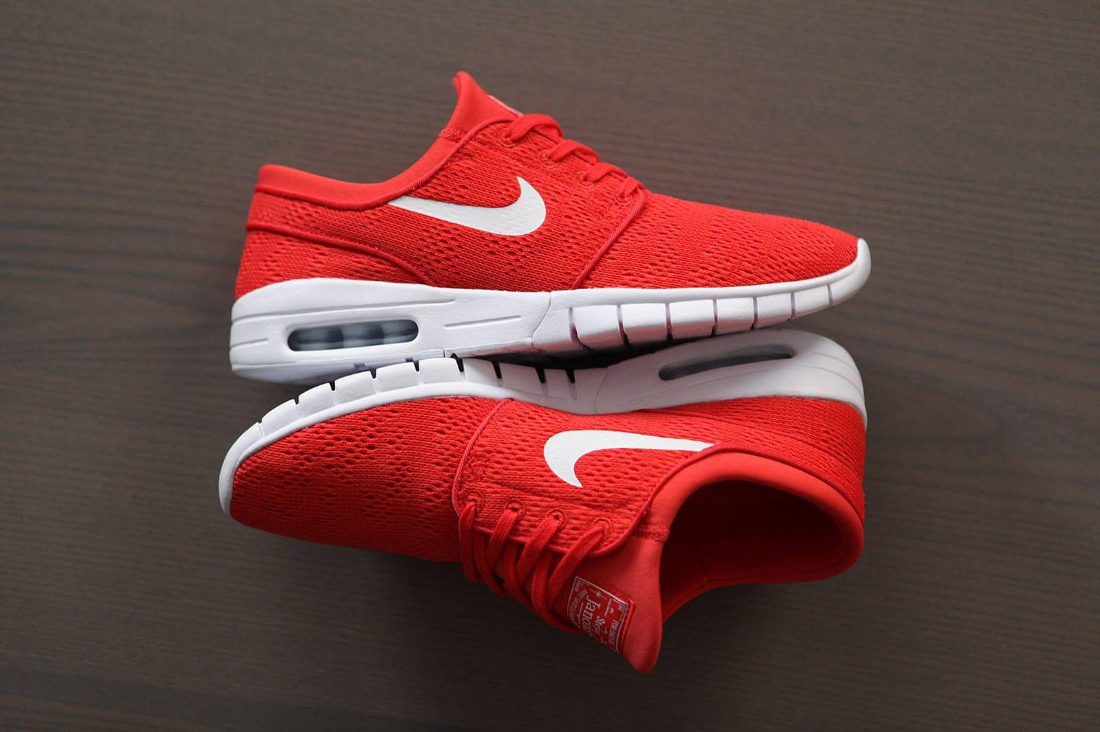 Nike SB Janoski Max Track Red White https://www.popname.cz
