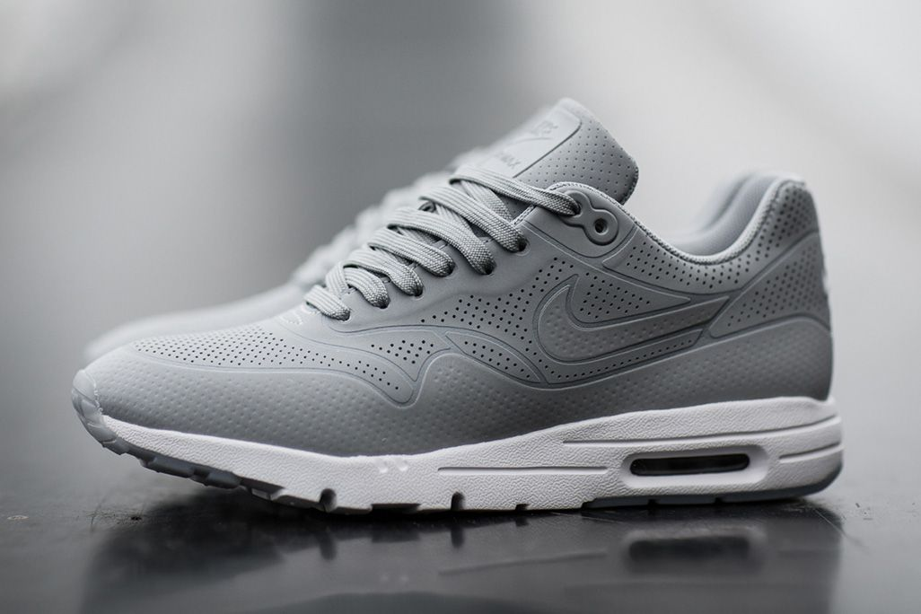 Nike Air Max 1 Ultra Moire 'Wolf Grey' Sneakers