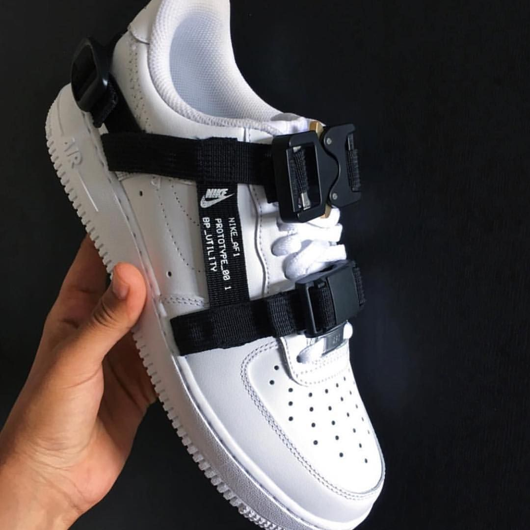 buy popular 1dcb9 9c0d9 i would wear White Nike Shoes, Nike Af1, Socks And Sandals, Shoes Sandals