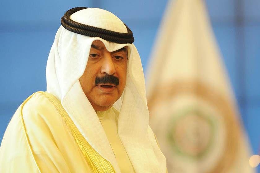نائب وزير الخارجية الكويتي يتوقع مشاركة نحو ألف شركة بمؤتمر إعادة إعمار العراق With Images Nun Dress Captain Hat