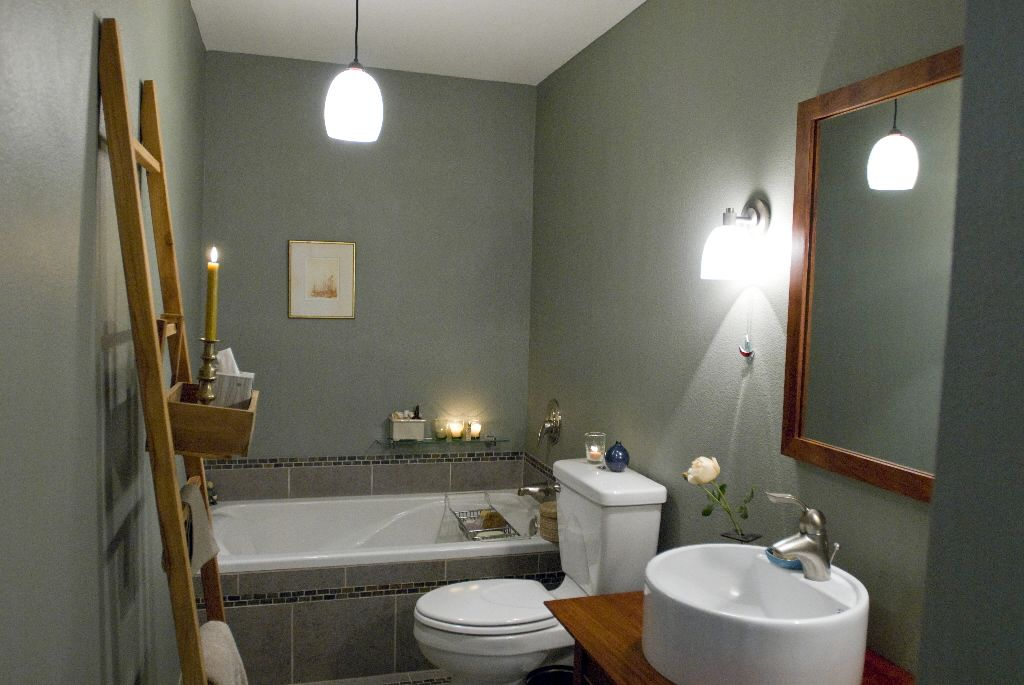 Soothing spa space helps a woman through illness | Small bathroom ...