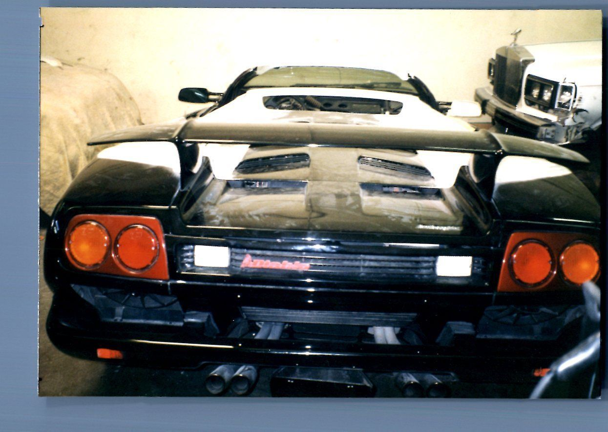FOUND COLOR PHOTO H VIEW BEHIND SPORTS CAR PARKED Common - Common sports cars