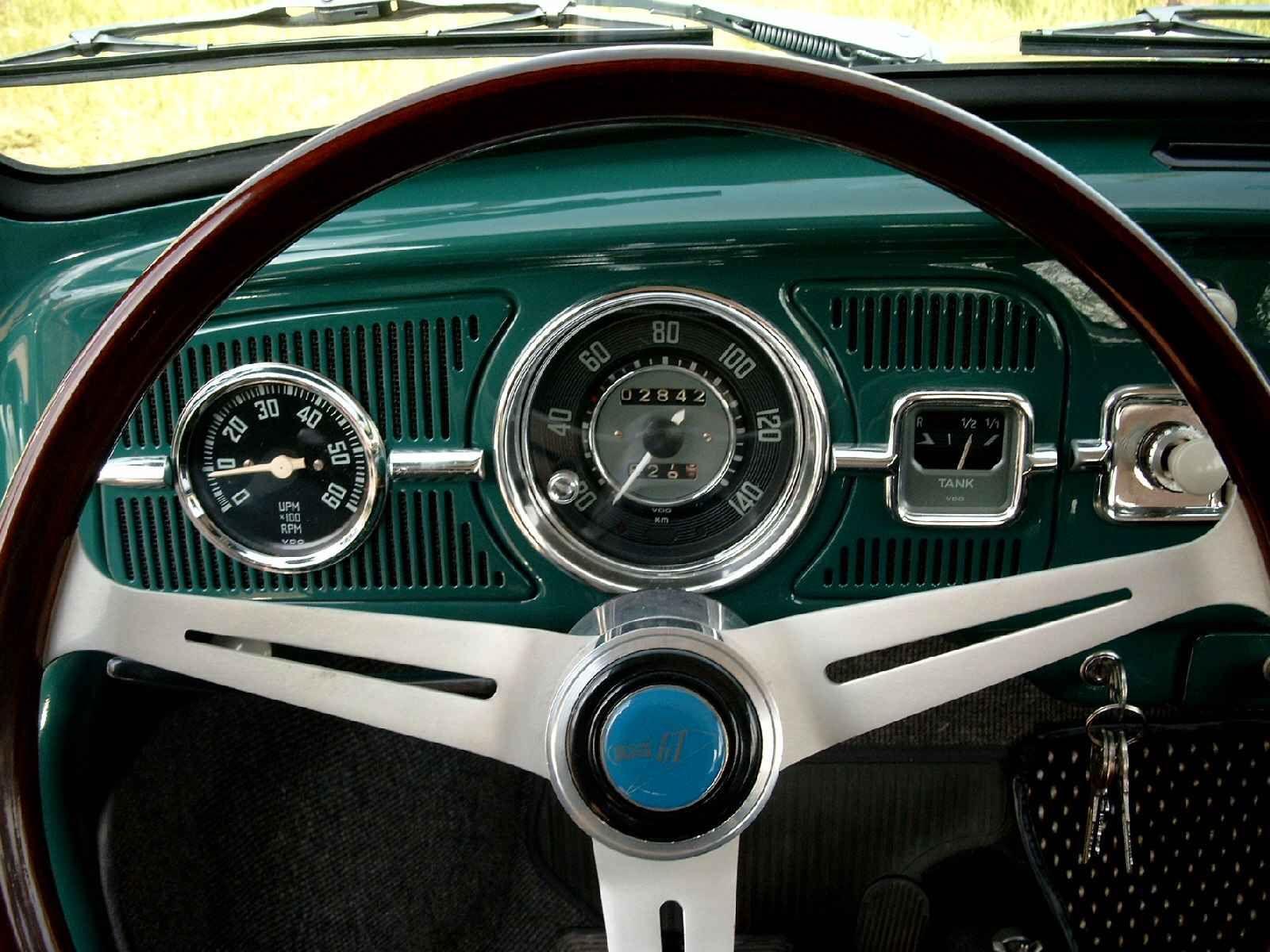 vw beetle dash  gt steering wheel vw pinterest happy steering wheels  vw beetles