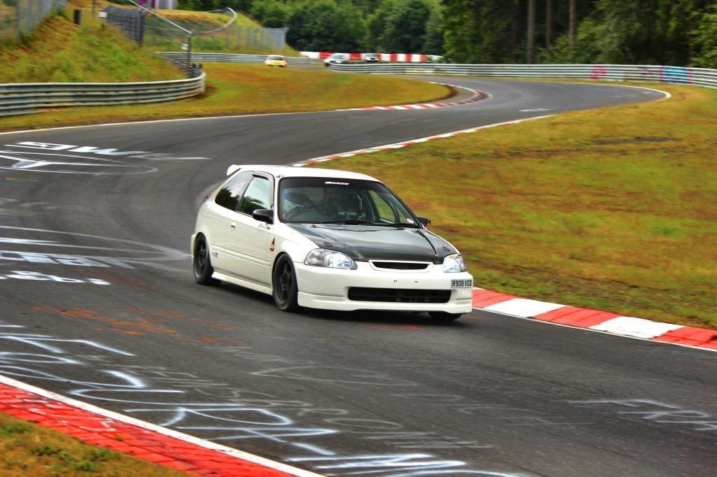 ijwhiteman's Honda Civic TypeR EK9 via the forums