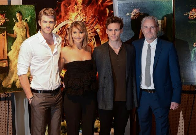 PHOTOS: Jennifer Lawrence, Liam Hemsworth, Sam Claflin & Francis Lawrence at Catching Fire Photocall at Cannes Film Festival | The Hunger Gamers - Home of the Hunger Games Fans | TheHungerGamers.tk