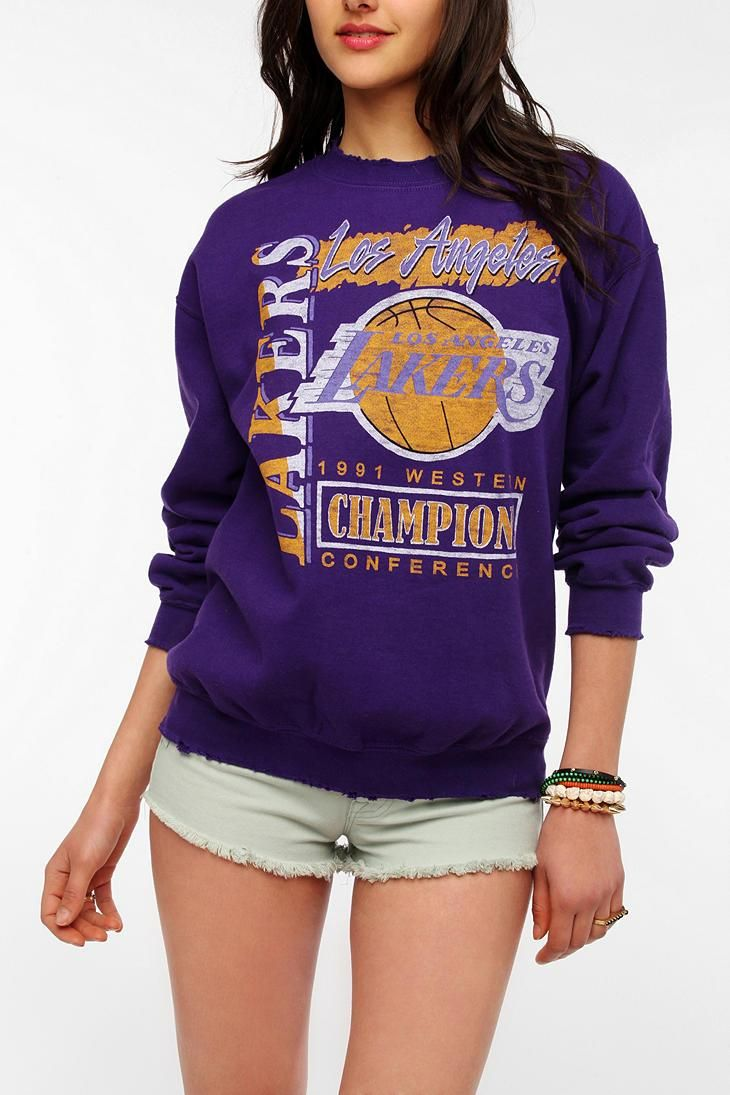 030e5efc1 Junk Food LA Lakers Basketball Sweatshirt  urbanoutfitters