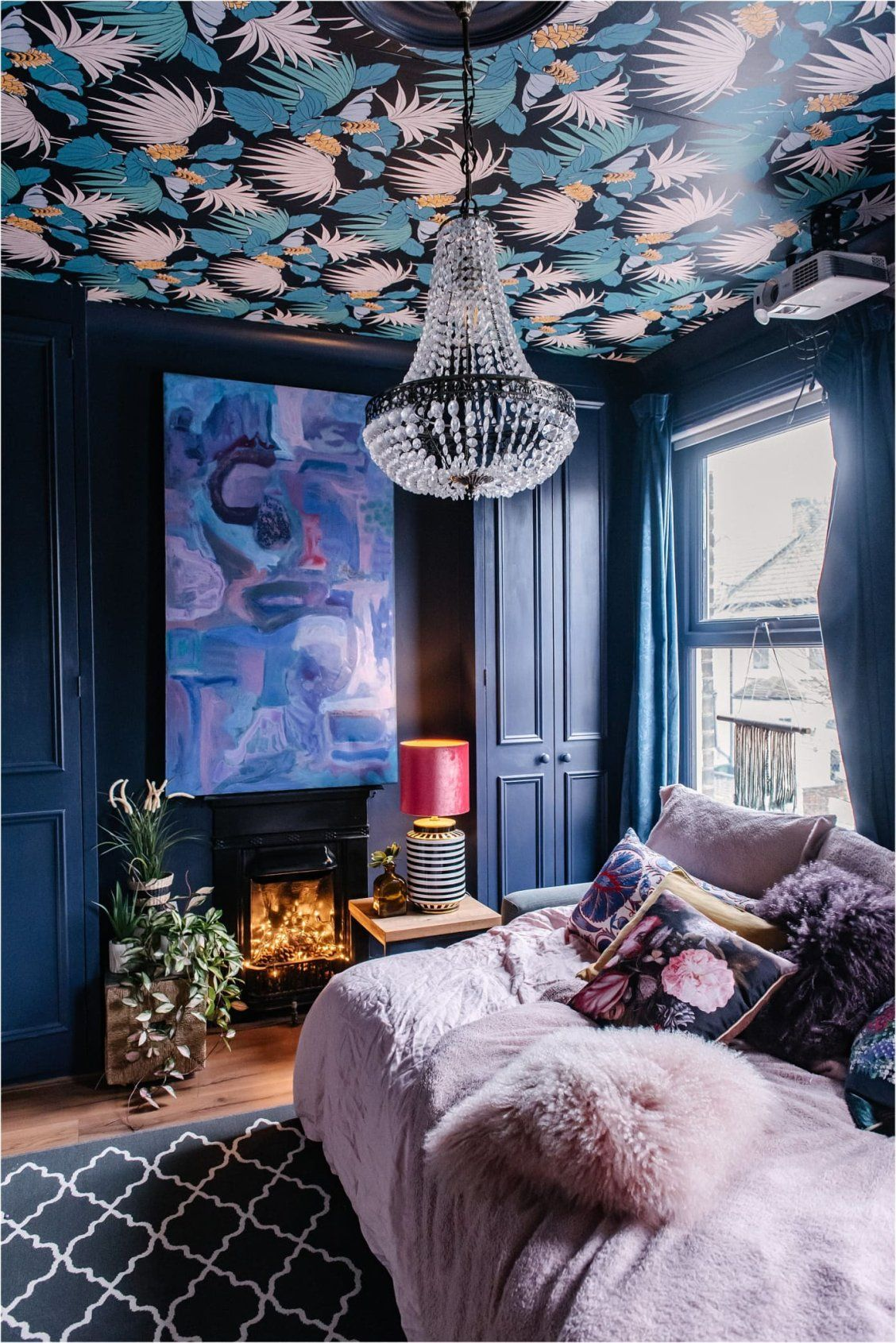 Every Room Of This London House Is An Explosion Of Envy Inducing Color And Pattern In 2020 London House Home Decor