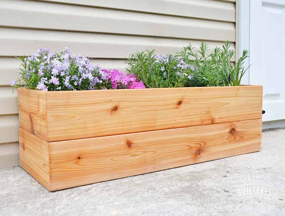 Stunning Planter Box Ideas Projects For Your Patio Diy Cedar Planter Box Diy Wood Planters Diy Wooden Planters