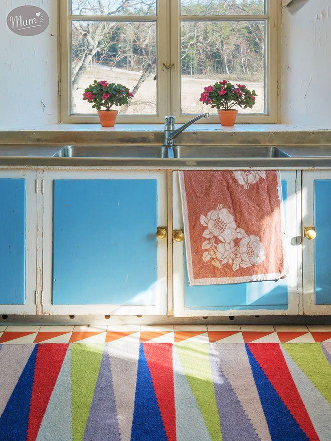RAUHA-I_carpet_by_Maija_Louekari_kitchen