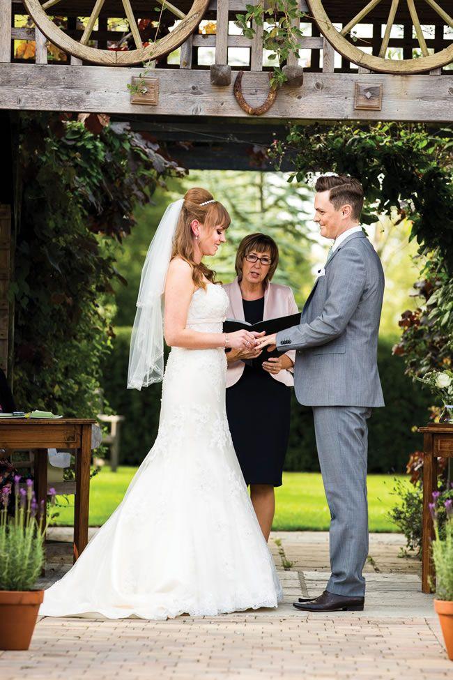 Natasha and Jack's English county garden wedding © pavonephotography.co.uk