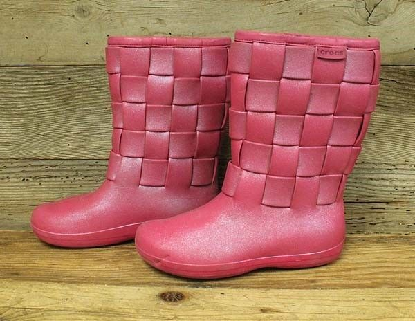 97f5998a9 WOMENS CROCS PINK RUBBER SLIP ON SUPER MOLDED IRIDESCENT WEAVE BOOTS SZ 8   fashion