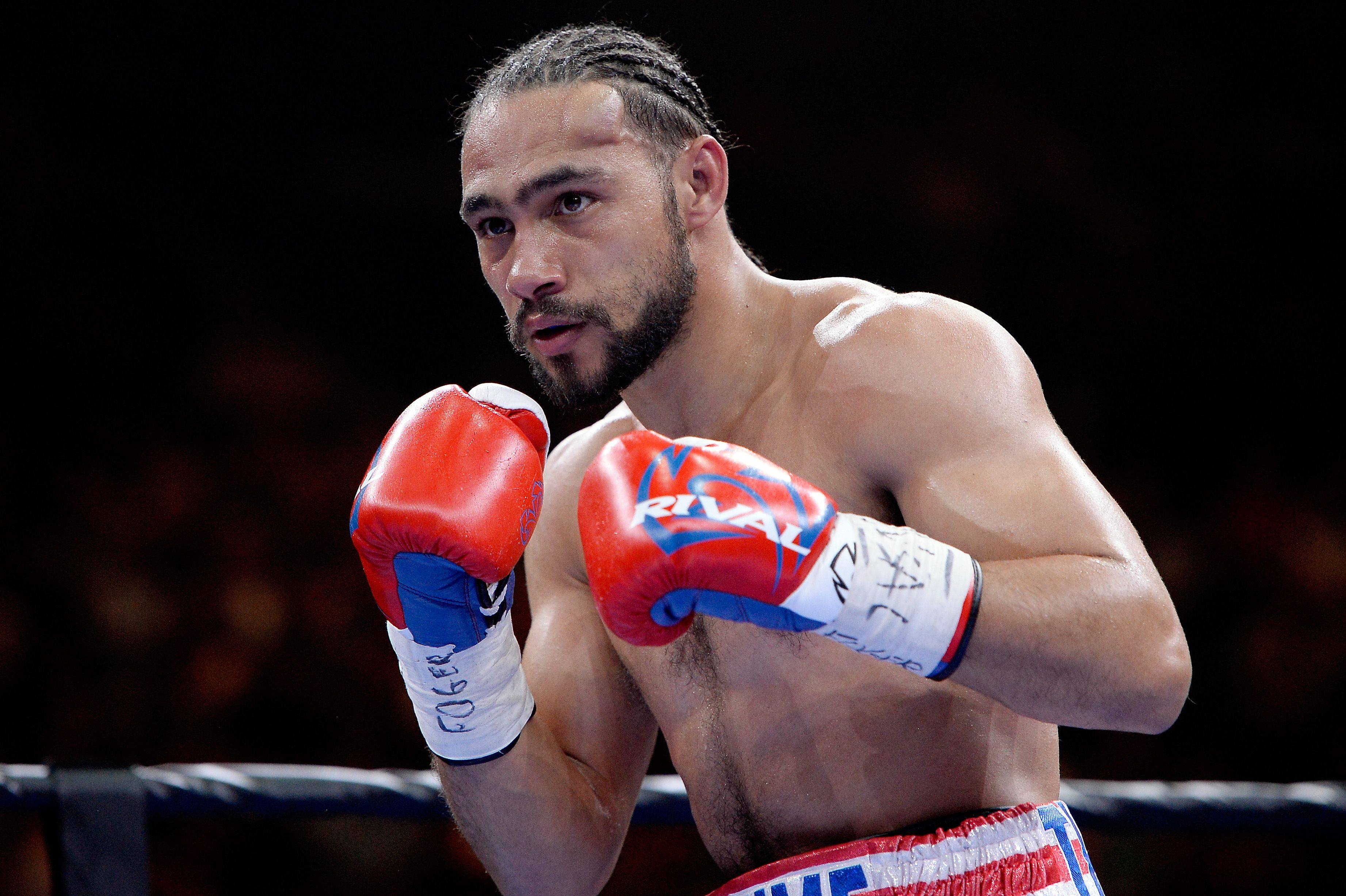 Unbeaten boxer Keith Thurman working to change the game