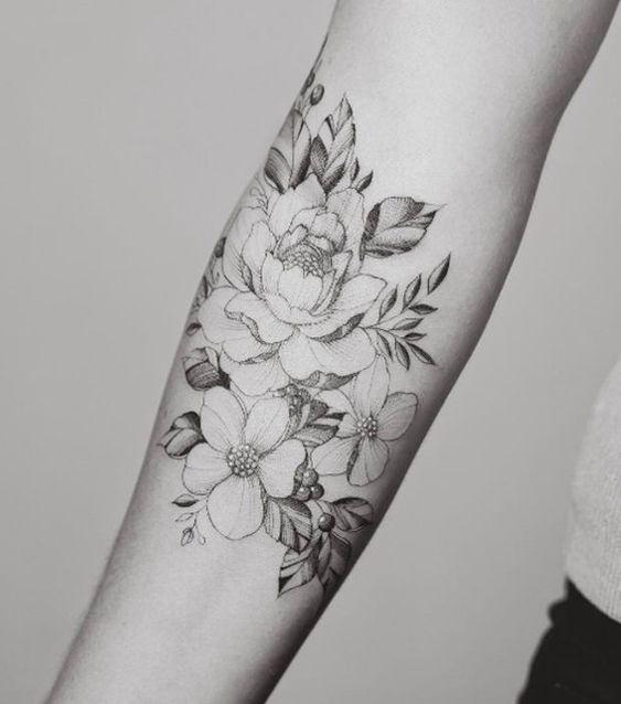 Idee Tattoo Fleurs De Pivoine Avant Bras Femme Tattoos Pinterest