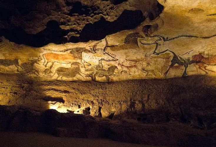 Stone Age: Lascaux | Paleolithic, Mesolithic and Neolithic ...
