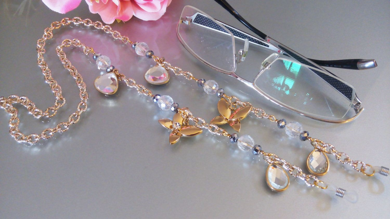 Eyeglasses Golden jewel Chain and charms/Catenina gioiello occhiali/Catenina per occhiali dorata farfalle e strass/Collana Keeper di Athiss su Etsy
