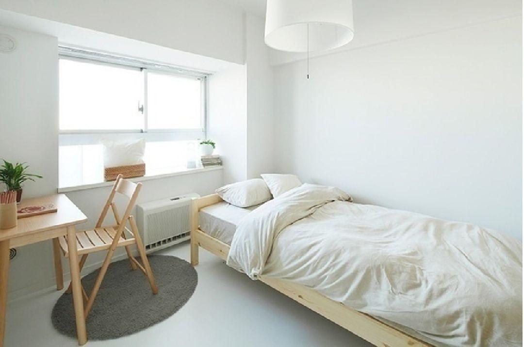 15 Simple And Warm Japanese Minimalist Room Design Ideas Minimalist Room Apartment Bedroom Decor Bedroom Design