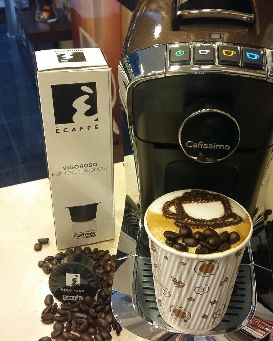 كــافـيـتـالــي On Instagram مساء الخير فـيـقـروســو إسـبـريـسـو عـالـيـة الـتـركـيز بـنـكهة قويـة بـمـلاحظـ Morning Coffee Coffee Instagram Posts