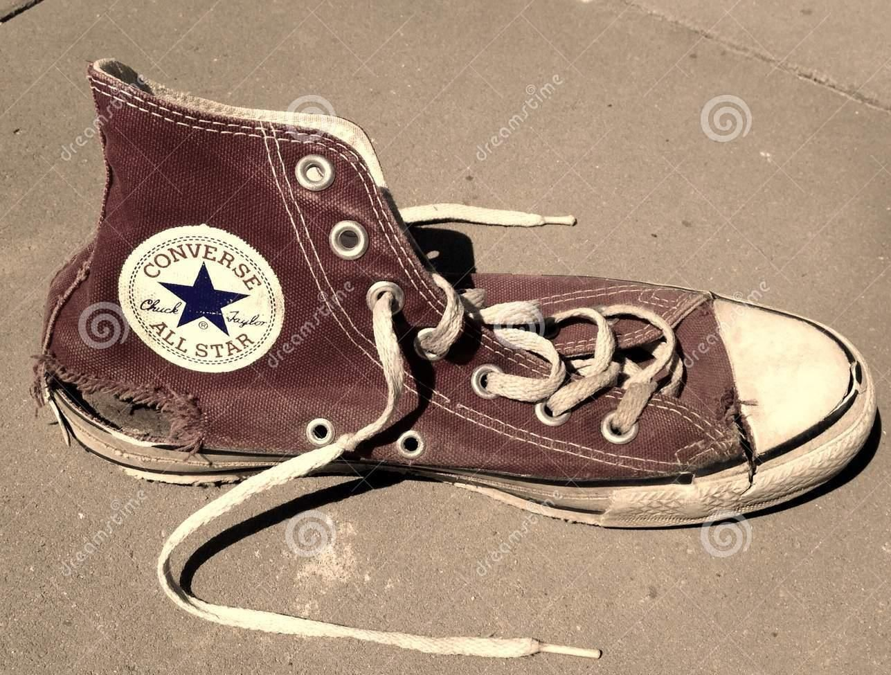 old-torn-vintage-converse-all-star-shoe