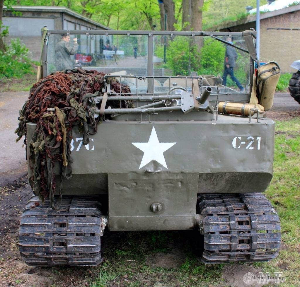 medium resolution of militair weekend hembrug zaandam zaterdag 9 mei 2015 m29 weasel a world war ii tracked vehicle built by studebaker designed for operation in snow