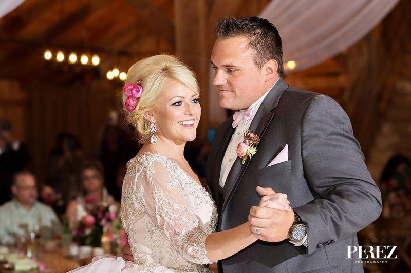 Bride & Groom Vibrant Mint & Pink Vintage Barn Wedding Blog - RENT MY DUST Vintage Rentals Dallas Texas ~ photo by Perez Photography