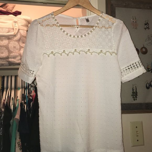 White, pearl, vintage, short-sleeve top Brand new! Only worn once. Perfect condition. Beautiful detail of pearls and stitching. Tops Blouses