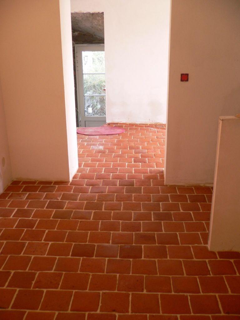 terre cuite ancienne 19 me couleur rouge orang e id es rev tements de sols pour maison de. Black Bedroom Furniture Sets. Home Design Ideas