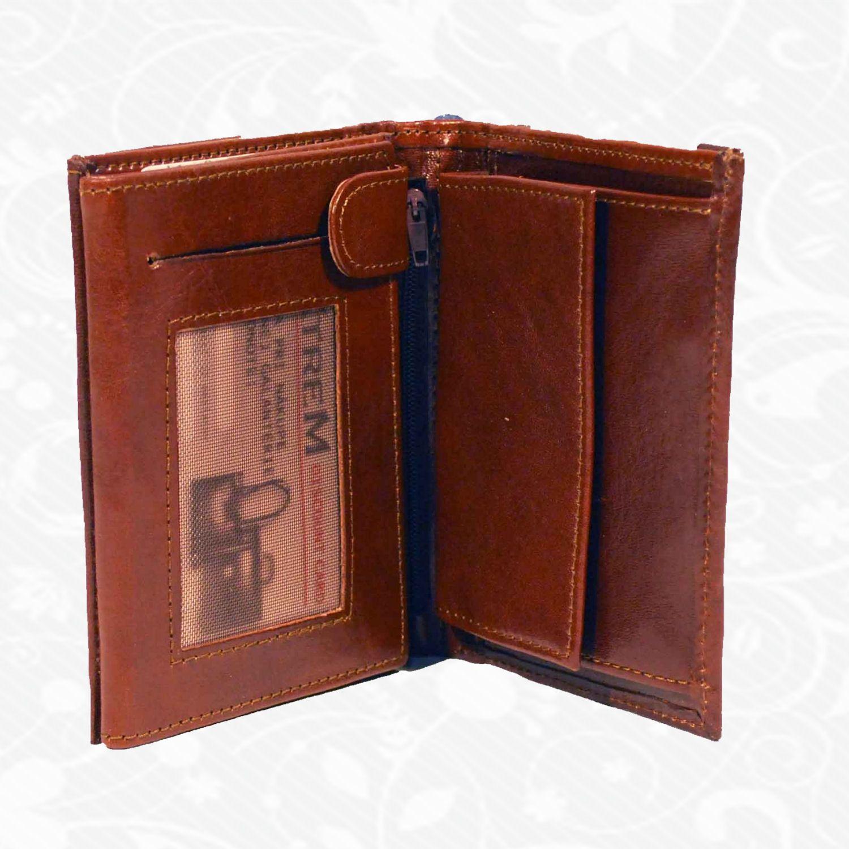 Praktická kožená peňaženka vyrobená z prírodnej kože. Kvalitné spracovanie  a talianska koža. Ideálna veľkosť 6b70545bb64