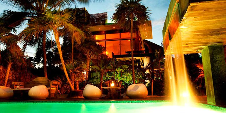 地元文化が魅力のビーチホテル   Tablet Magazine