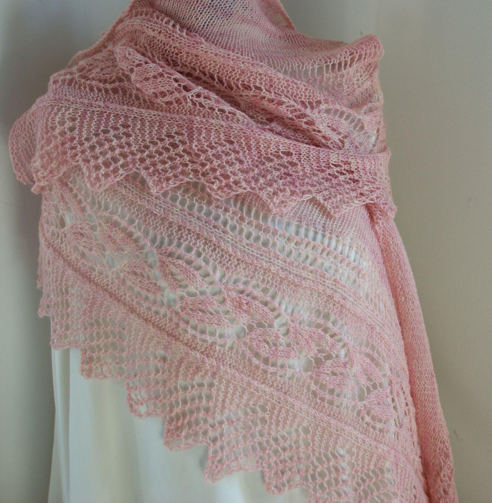 Lace Shawl Knitting Patterns : Ravelry linn�a  bbddbu