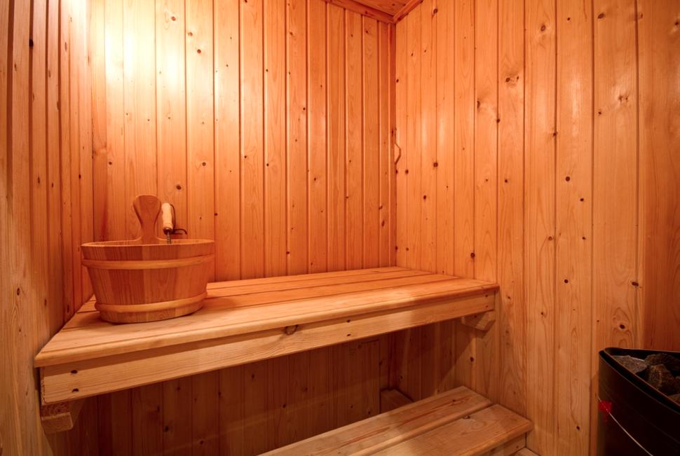So könnte Ihre kleine Sauna von Innen aussehen. Kleine
