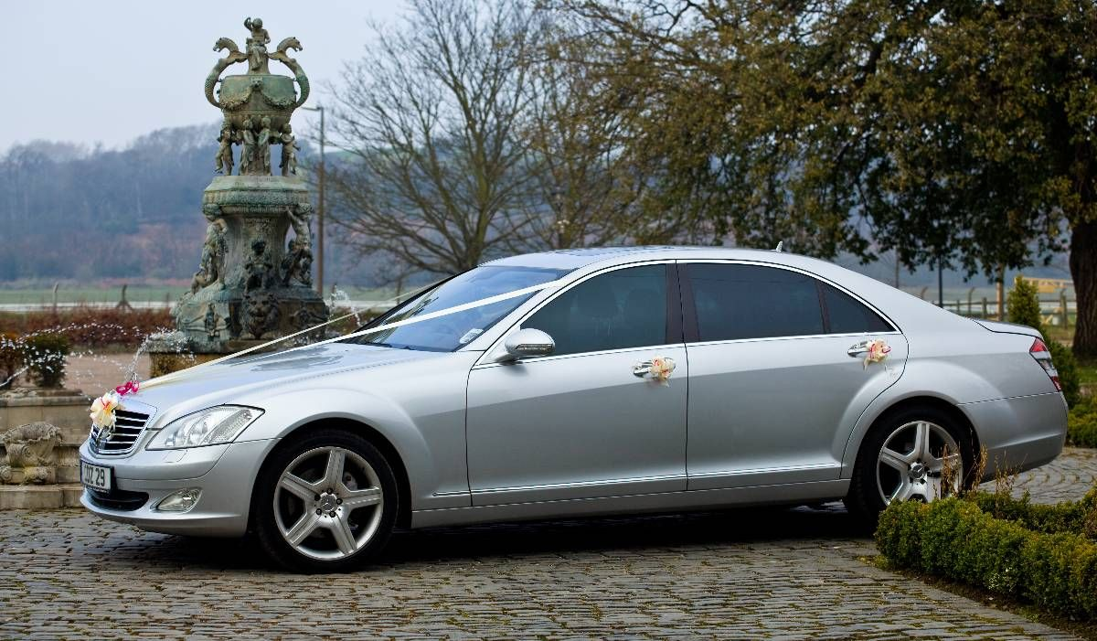 Nottingham Wedding Cars We Provide And Minibuses Derby Including Honeymoon Transfers Leicester