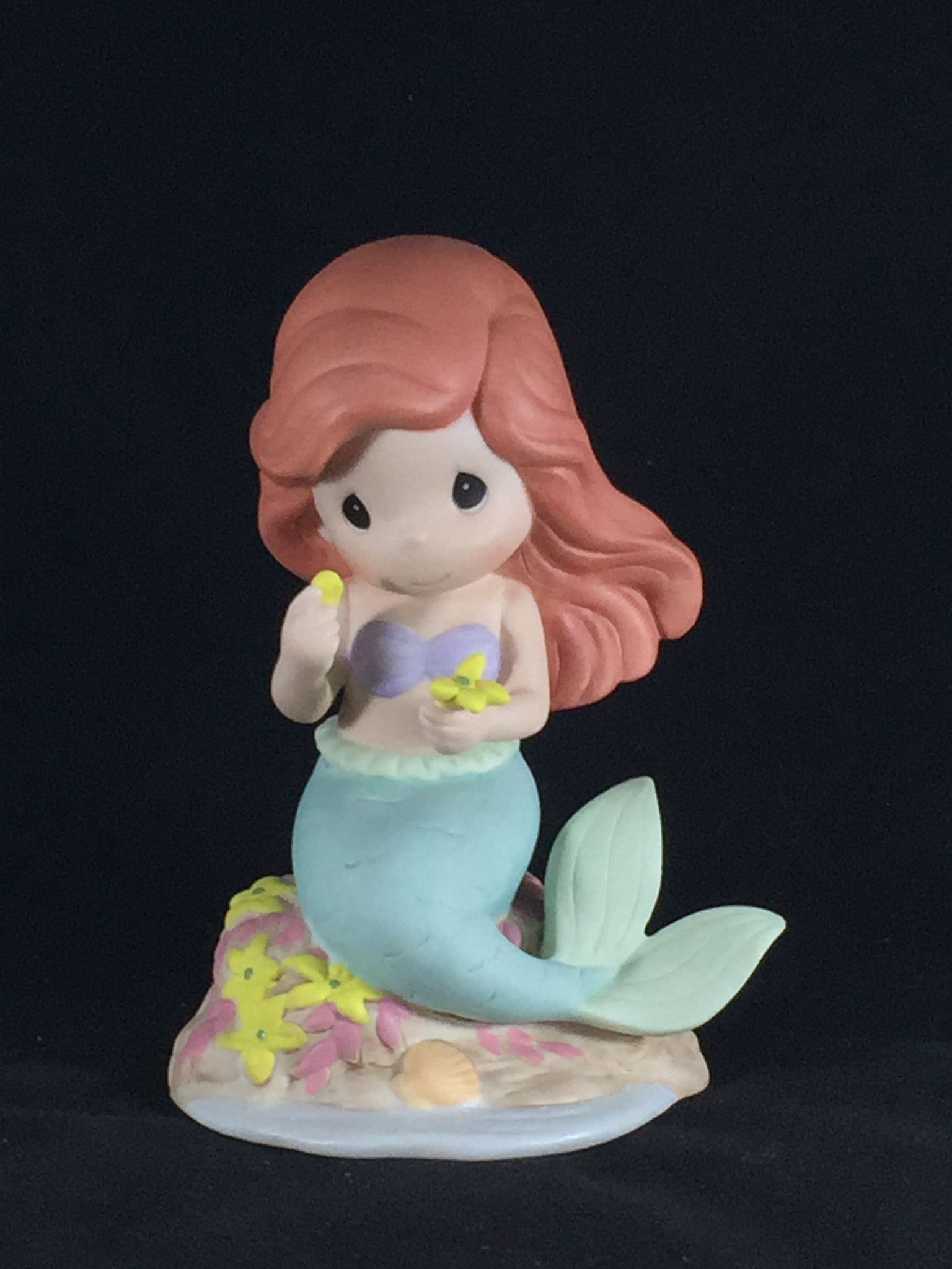 "Precious Moments- Ariel ""He Loves Me.."" (The Little Mermaid) Figure"