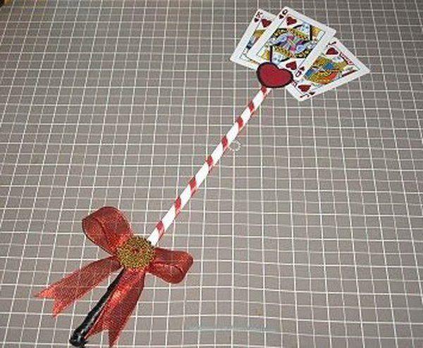Diy queen of hearts scepter costumes pinterest queens alice olivias costume diy queen of hearts scepter solutioingenieria Gallery