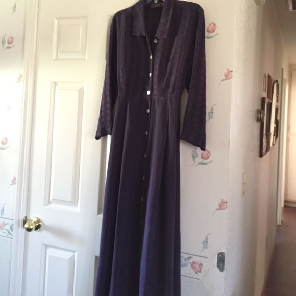 """Plum Dress Very comfortable tencel fabric. The top portion is out of the plaid looking fabric and the bottom is the solid colored. The length from the neck down to the him is 52"""".  I bought them this from Nordstrom's. The size says S/M. Basement Dresses"""