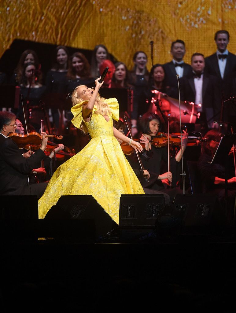 Kristin Chenoweth Performs In Andrea Bocelli Concert At Madison Square  Garden In NYC 171213 #KristinChenoweu2026 | News In Pics | Pinterest | Madison  Square ...