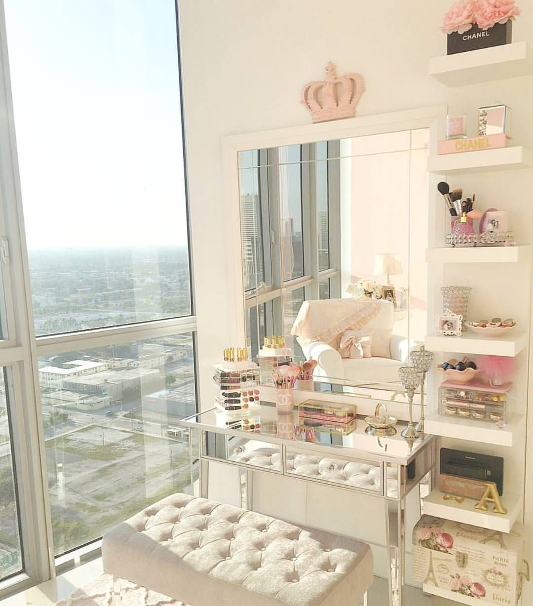 See this Instagram photo by @slmissglam • 2,825 likes ... on Makeup Room Design  id=23464
