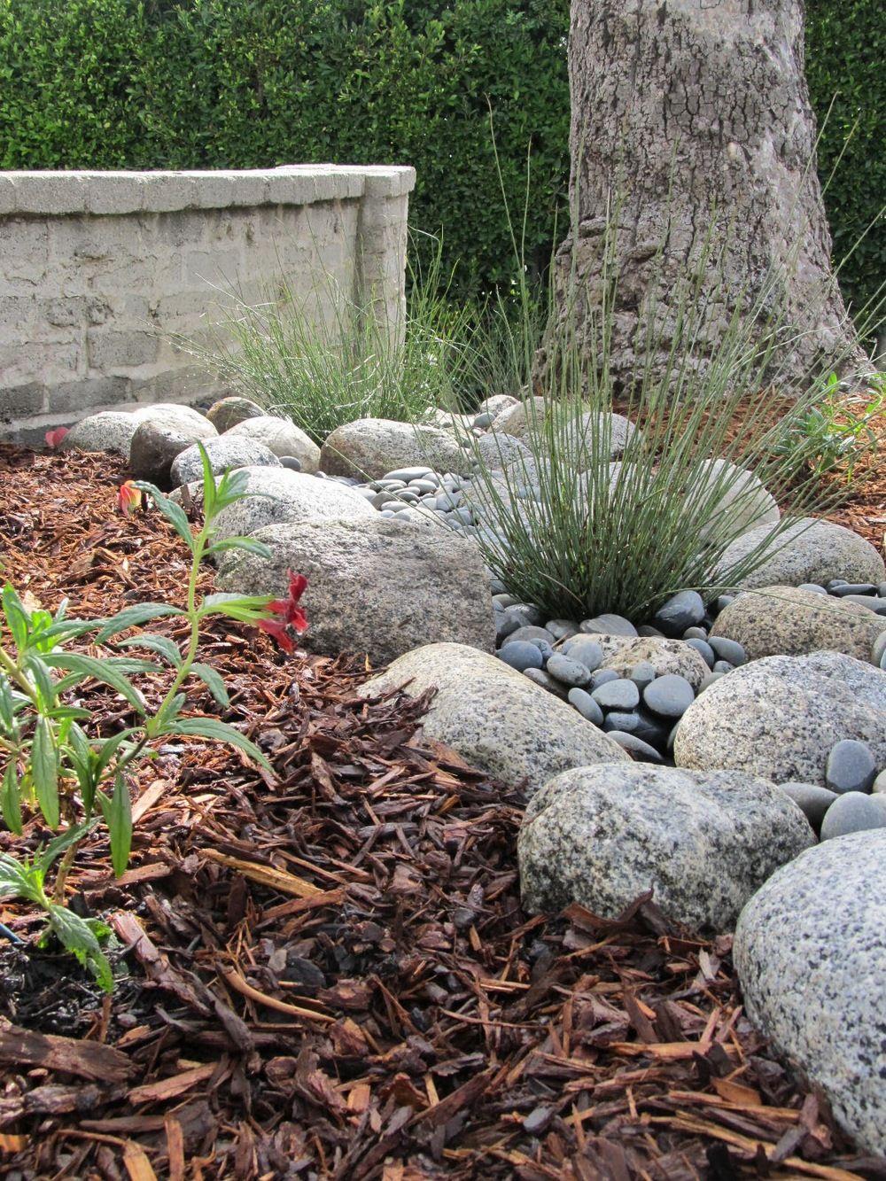 10 Beautiful Dry Creek Beds Rock Garden Landscaping Dry Creek Garden Design