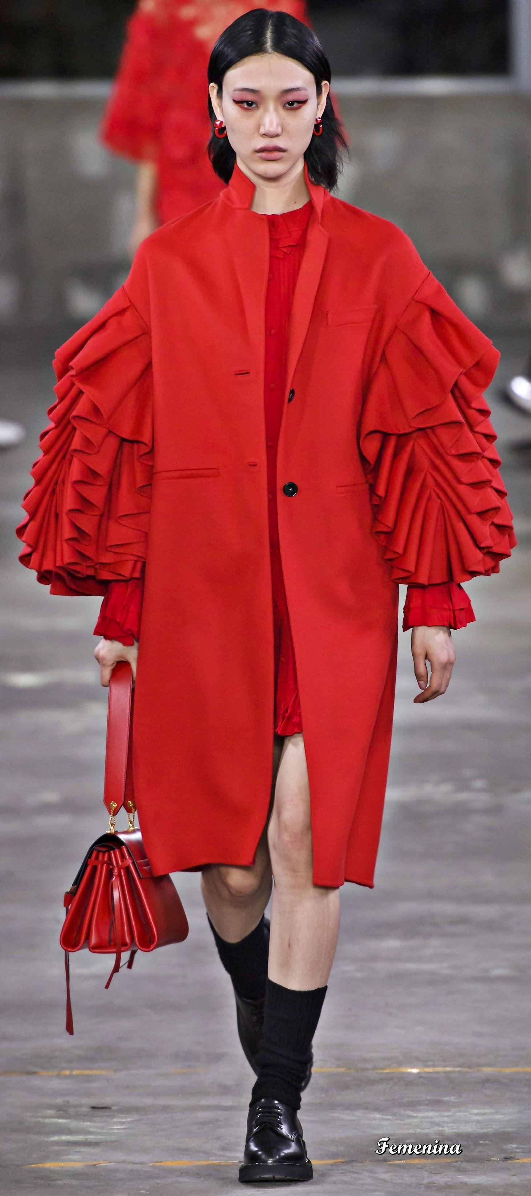 Valentino Pre-Fall/Winter 2019-2020   Winter coats women ...