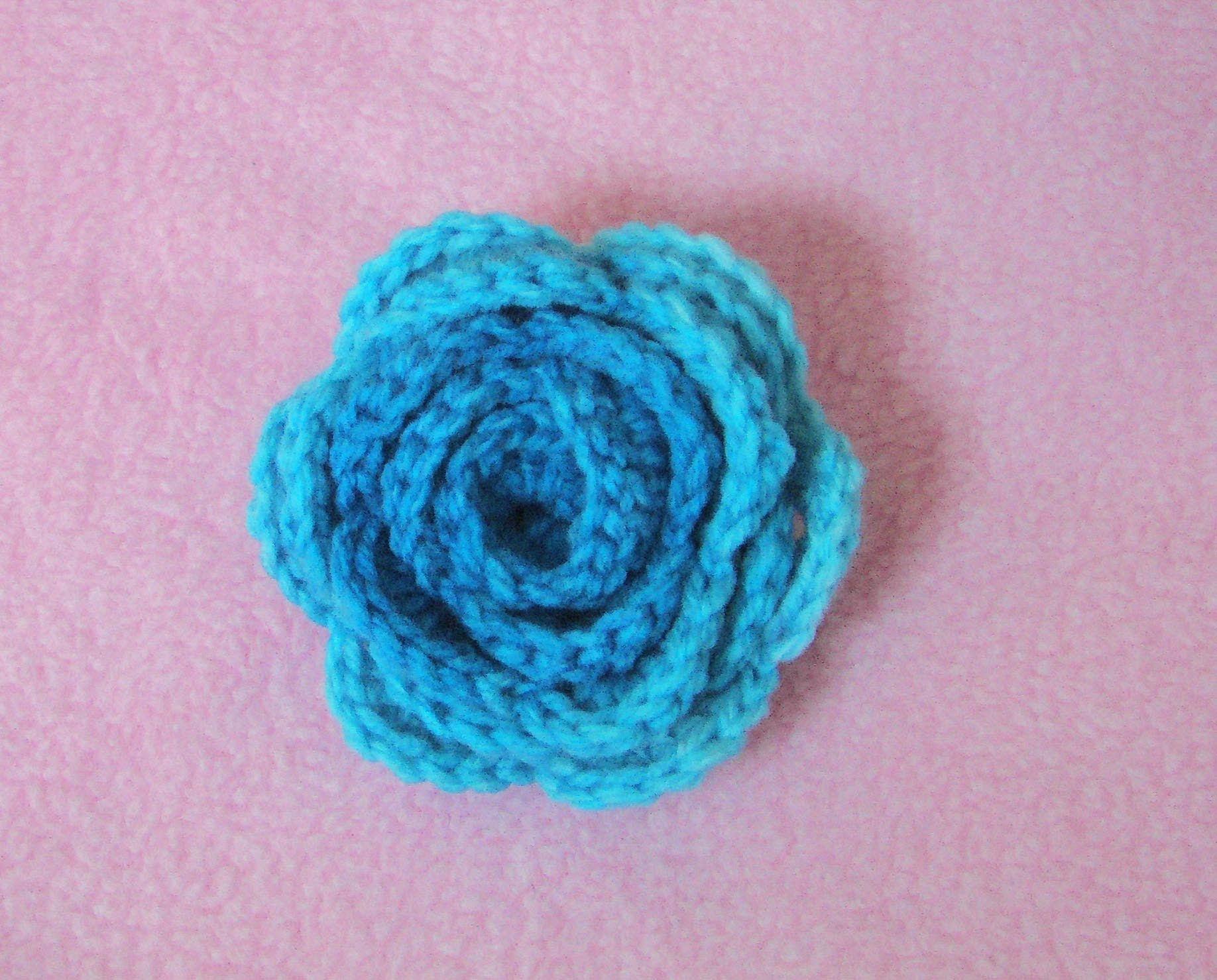 Amigurumi Flower Tutorial : Πλεκτο Τριανταφυλλο crochet easy flower tutorial youtube