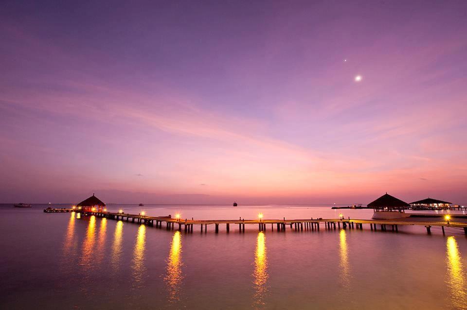 Amazing sunset from Eriyadu Island Resort