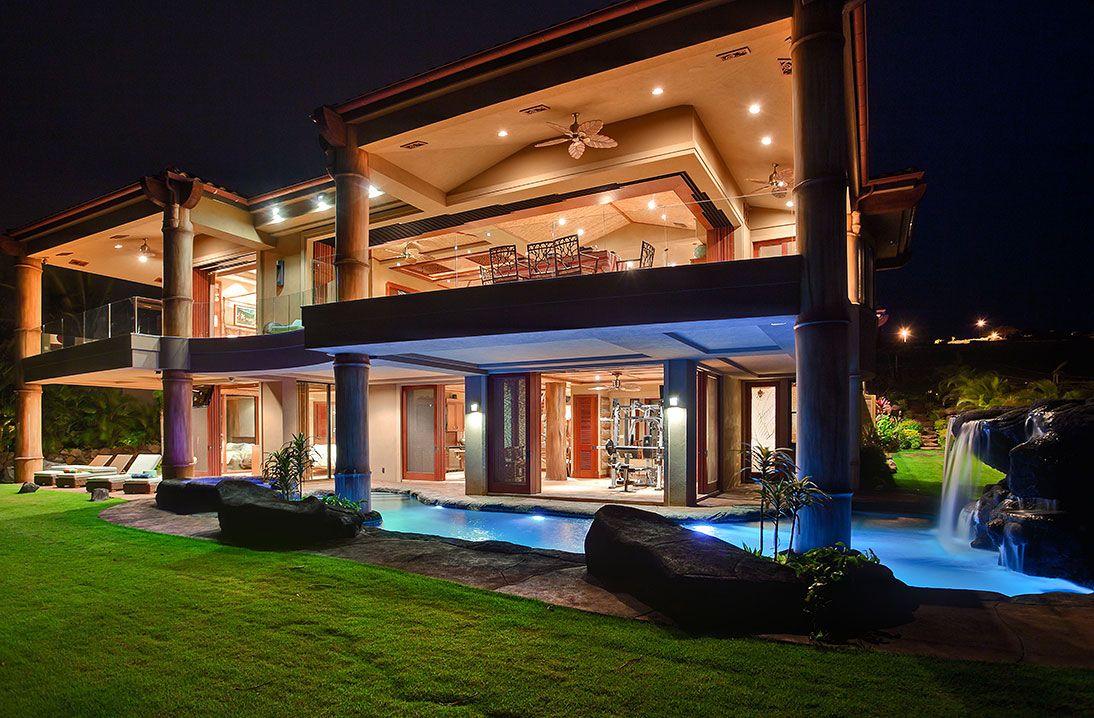 beautiful-house-night