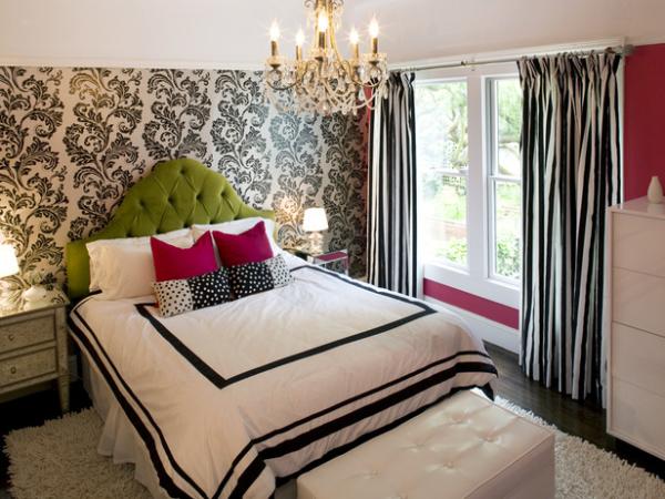 teen girls bedroom chandelier resized 600